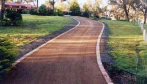 Asphalt driveway edging in Melbourne